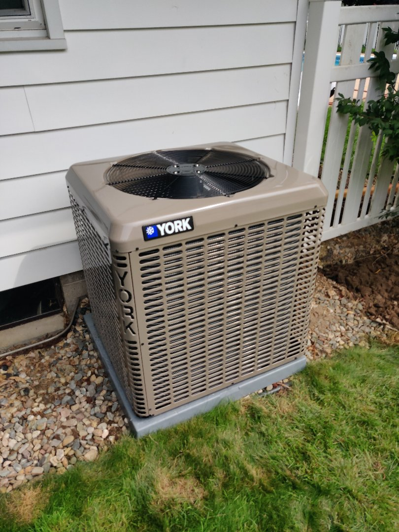 Battle Creek, MI - Replaced old Bryant ac with a York YCG36 with a new air handler.