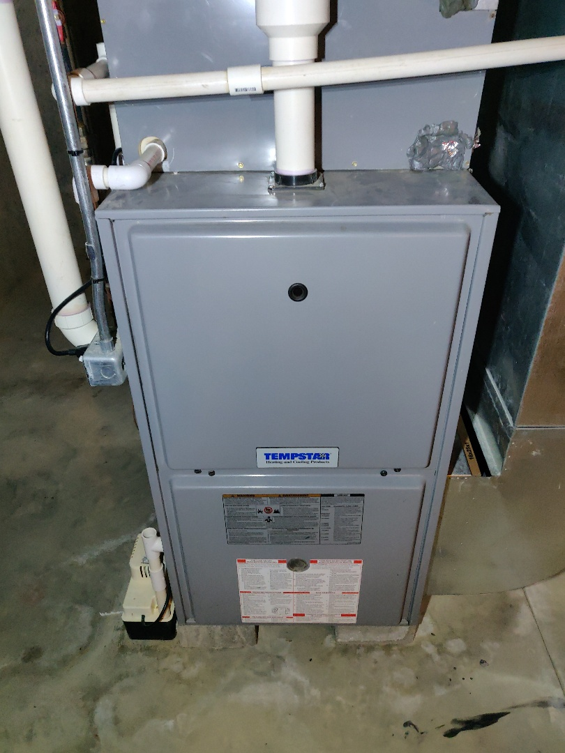 Battle Creek, MI - Furnace tune and replaced combination draft inducer on a tempstar gas furnace