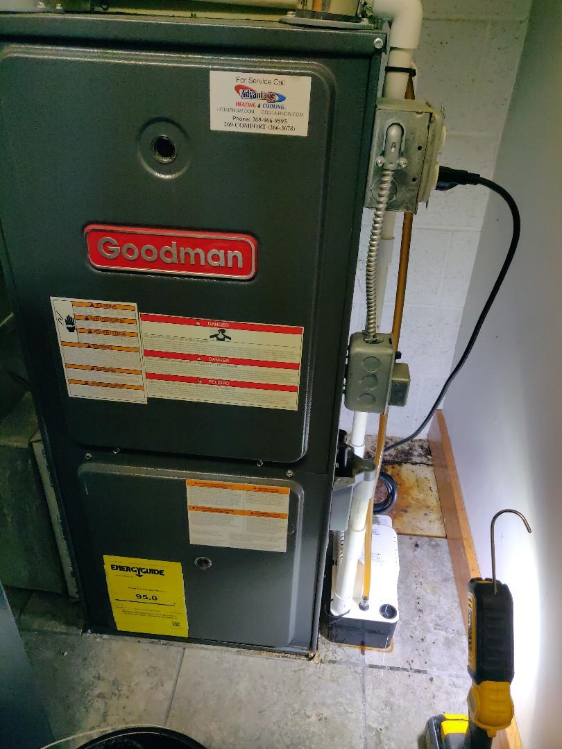 Battle Creek, MI - Replace little giant condensate pump on a Goodman furnace.