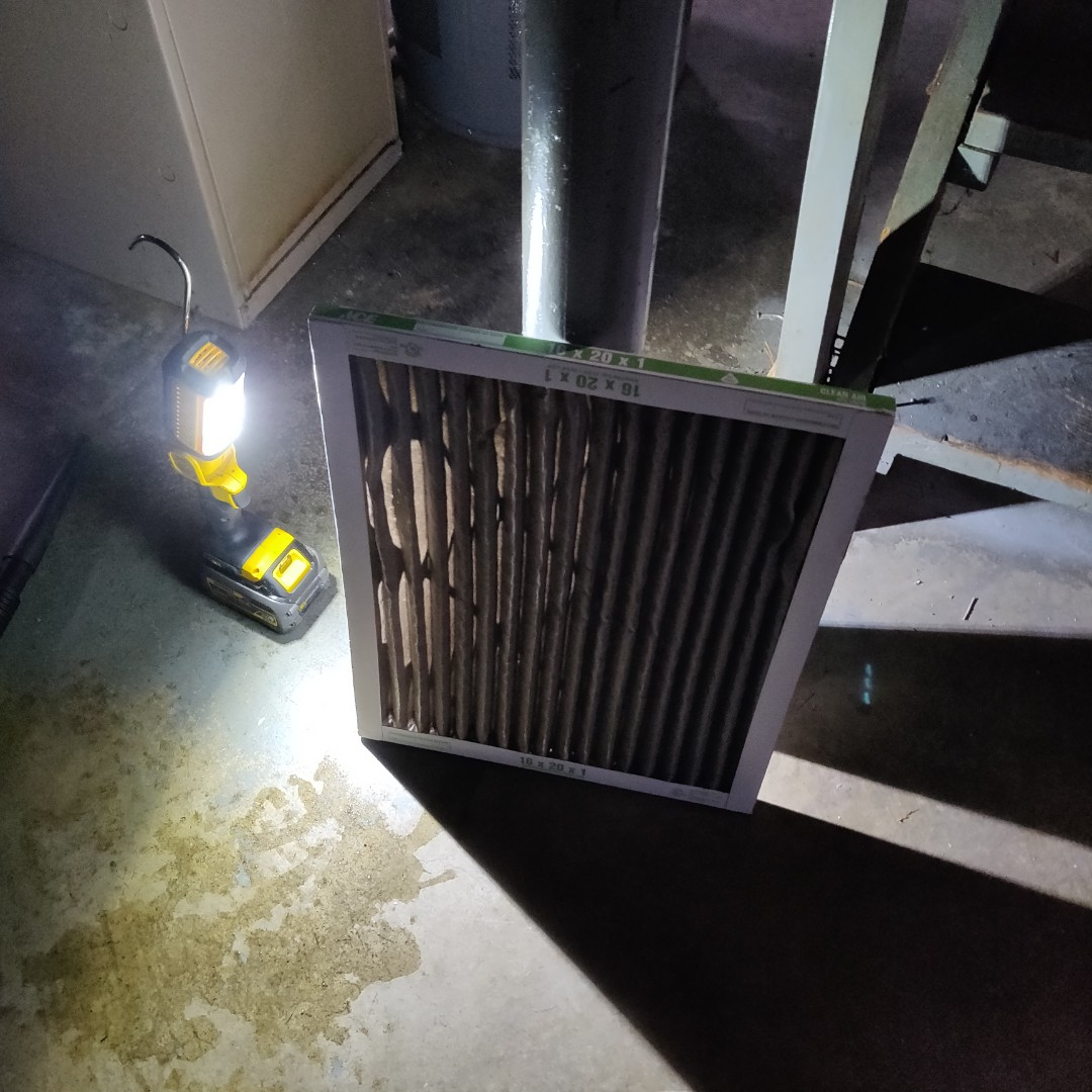 Battle Creek, MI - Replace air filter performed tune up york furnace.