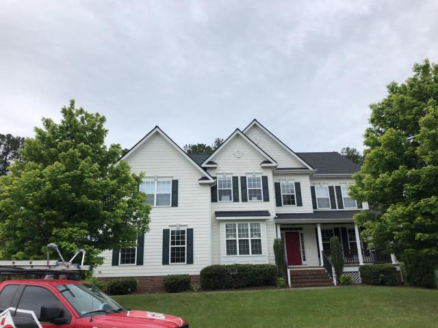 Cary, NC - Ameriprise APPROVED this roof for an insurance storm damage claim. In May 2020, we replaced this roof with GAF Timberline HDZ Architectural Shingles in Charcoal.