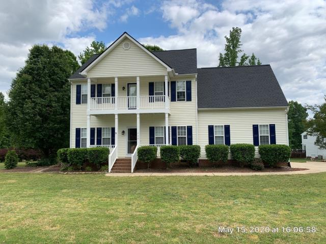 Clayton, NC - Farm Bureau APPROVED this roof for an insurance storm damage claim. In May 2020, we replaced this roof with GAF Timberline HD Architectural Shingles in Charcoal. Looks really good!