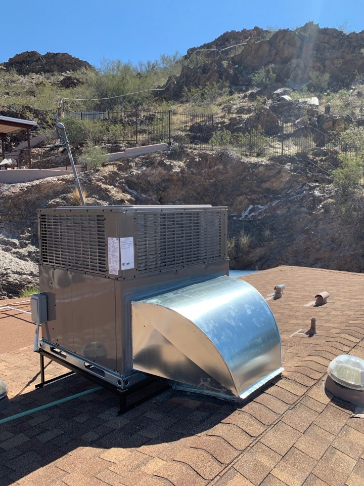 Phoenix, AZ - Newly installed Coleman package heat pump. Another happy client ready for summer. System installed comes with 10 year parts and labor warranty!!