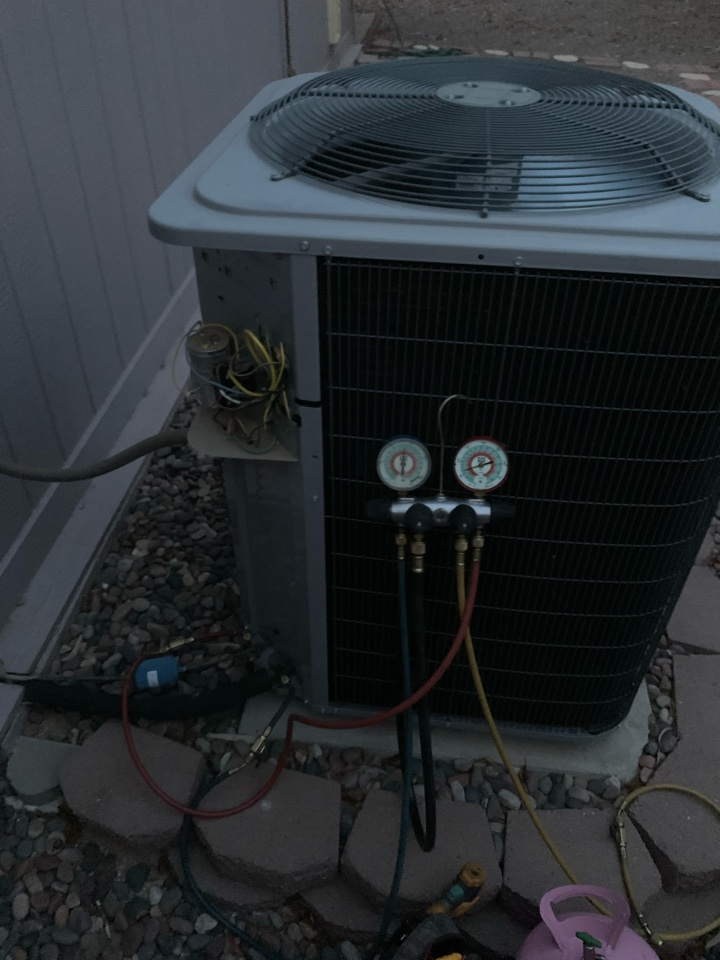 Phoenix, AZ - Charged air conditioning system to proper specs.