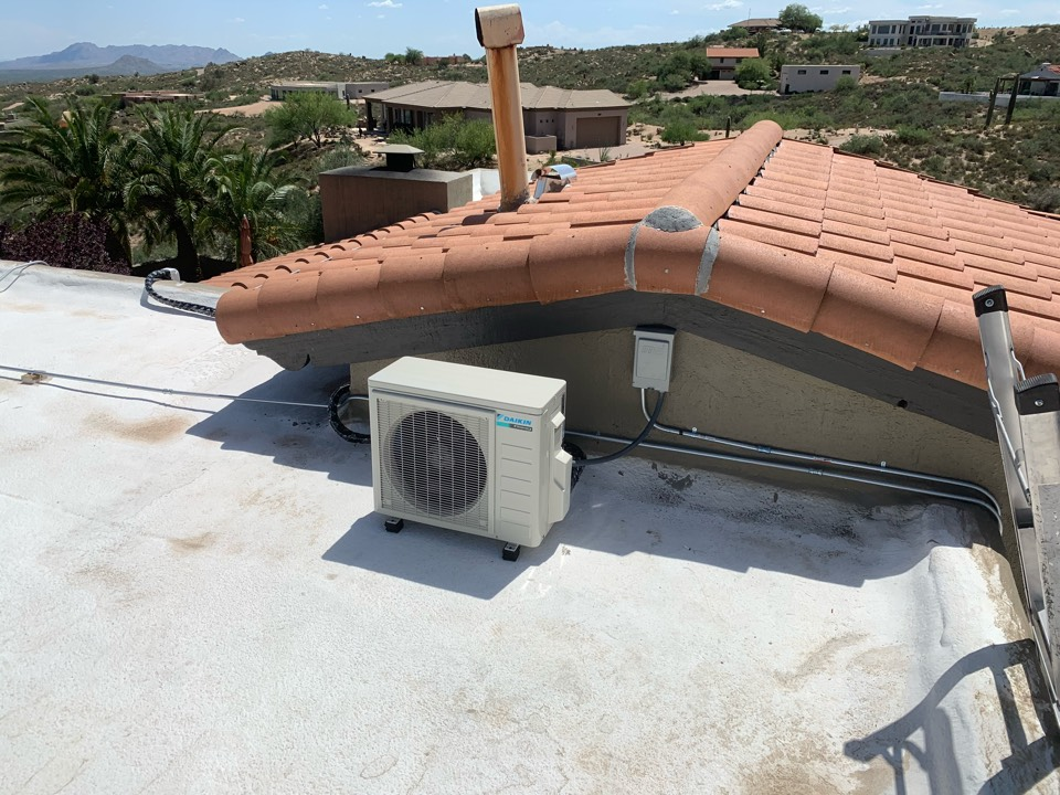 Cave Creek, AZ - Installed new daikin 12k mini split in upstairs bedroom due to Goodman air condition not able to cool as customer desired