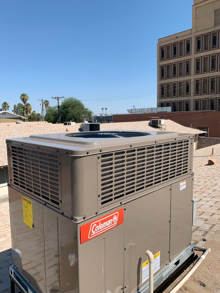 Phoenix, AZ - Installed a New Coleman package Heat pump on home today.  This replaced an old R22 system with failed compressor.  Client now happy with new system and cooling