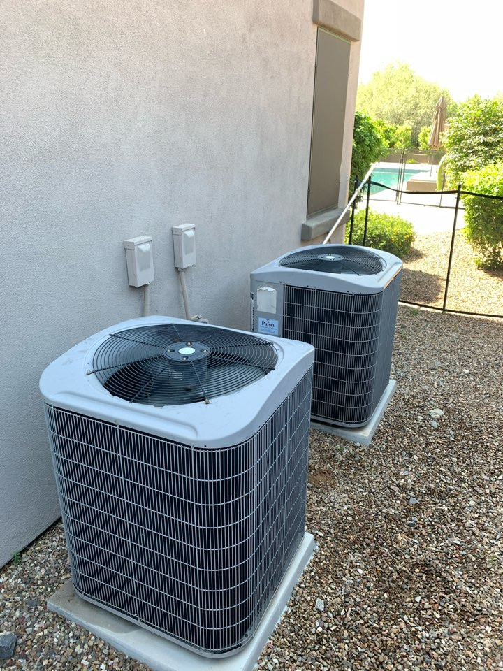 Scottsdale, AZ - Conducted a multiple carrier split air conditioner check up to ensure all system continue to coil as designed.