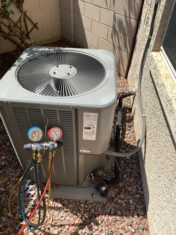 Scottsdale, AZ - Conducted cooling inspection on Lennox split air conditioner with furnace. Found system cooling perfectly with no problems for seen in the future.