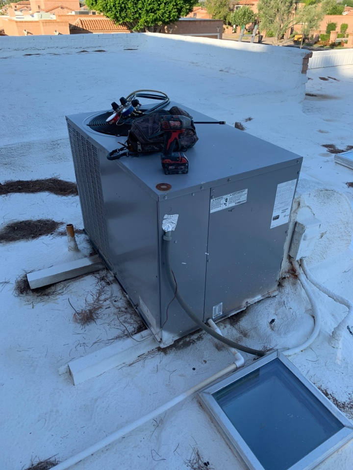 Scottsdale, AZ - Found indoor blower on ICP air conditioner not to be operating due to speed tap failing. Changed speed tap so motor will operate. Will have to install new blower motor.