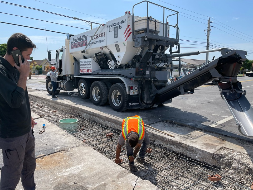 Hialeah, FL - Another great job for the city of Hialeah!