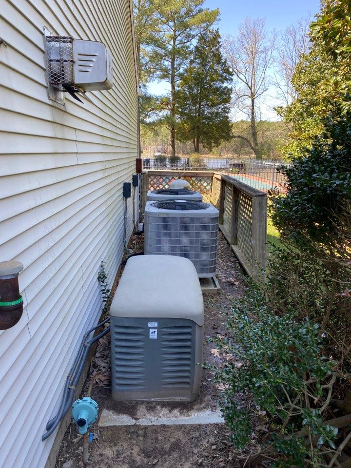 Easton, MD - Royal oak Carrier heat pump