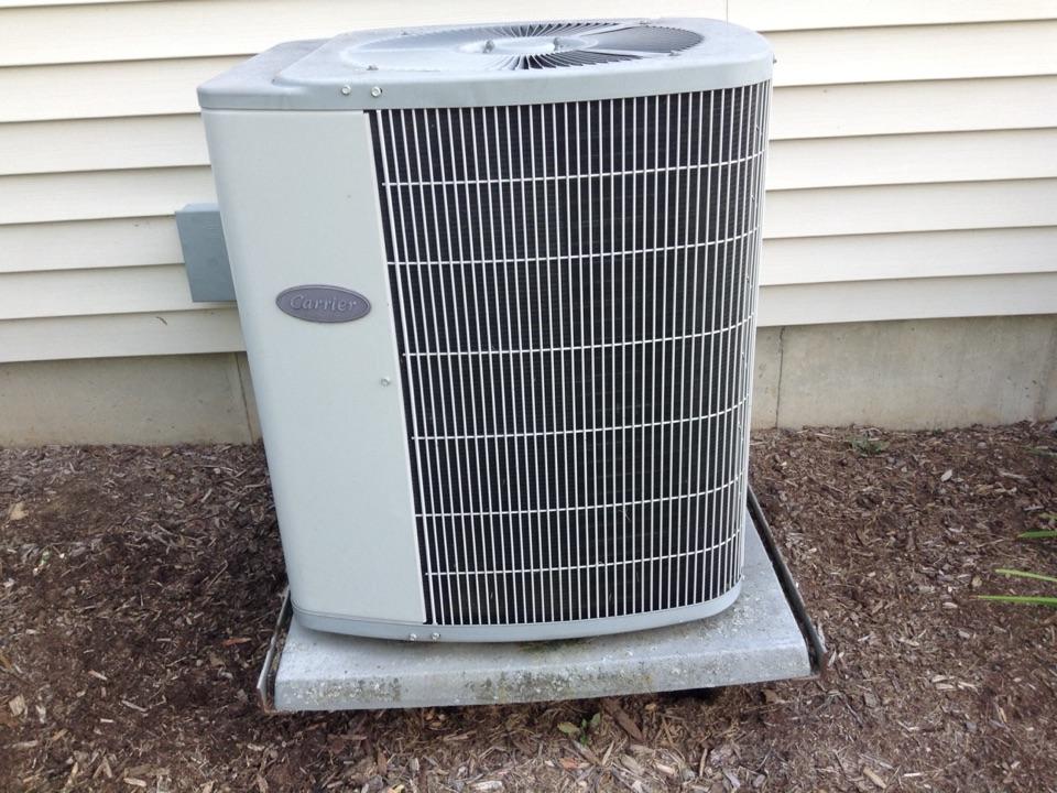 Lodi, WI - Air conditioner repair and furnace maintenance on Carrier air conditioner and Carrier furnace