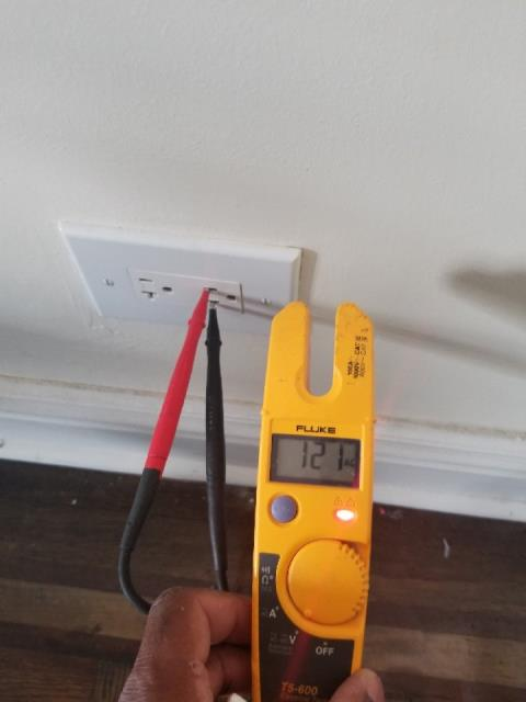Trouble shooting electrical outlet for 120 volts in residential home