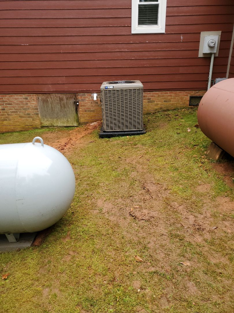 Moore, SC - Install duel fuel 17 seer heat pump with 97%gas furnace all new professionally designed ductwork with new enlarged returns