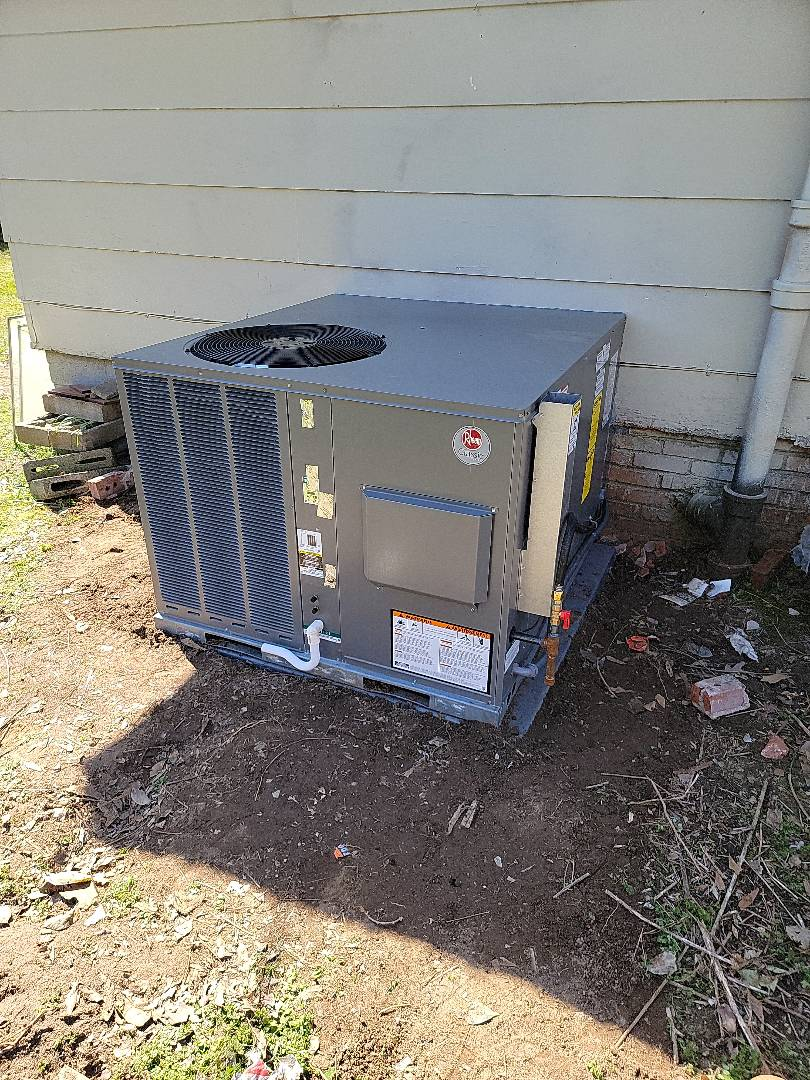 Woodruff, SC - Install new customer purchased gas package unit and new returns another contractor started job took money and didn't return NEVER PAY BALANCE UP FRONT