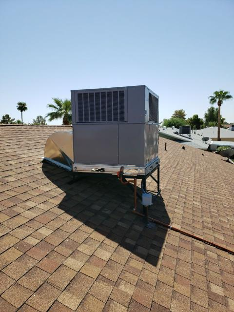Sun City, AZ - Installation of Carrier 4 ton two stage package heat pump