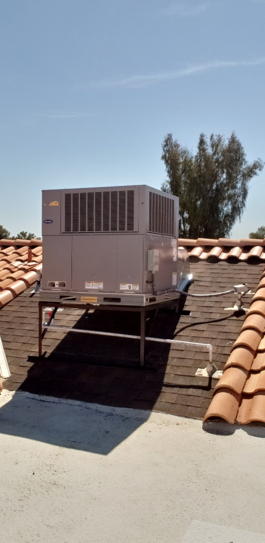 Mesa, AZ - Installation of Carrier 16 SEER 2 STAGE Package Heat Pump