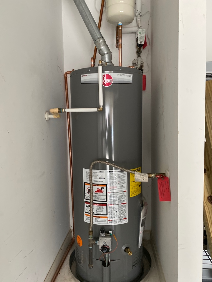 Mableton, GA - Replace water heater in mabelton for great price