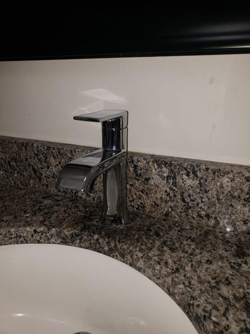 Marietta, GA - Replace faucet in bathroom for great price