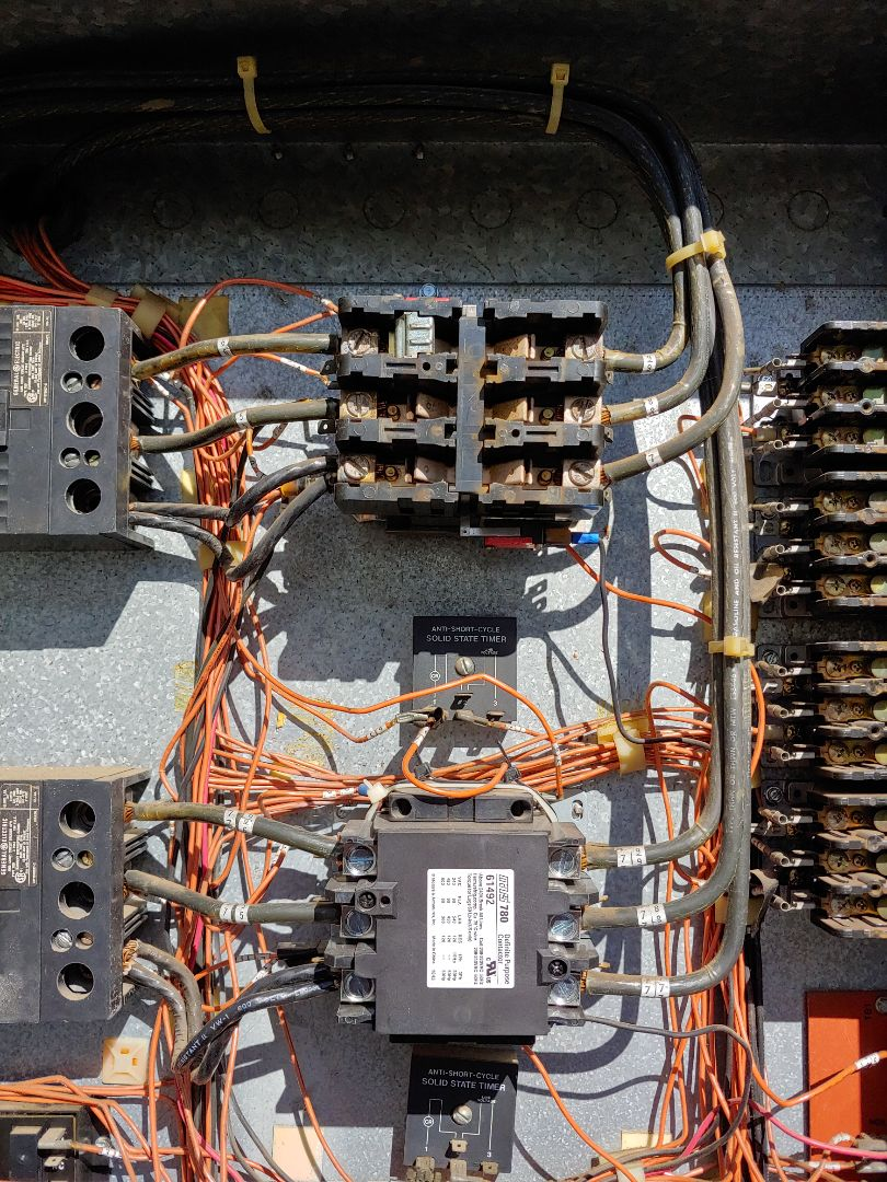 Cypress, TX - Replace worn out contactor