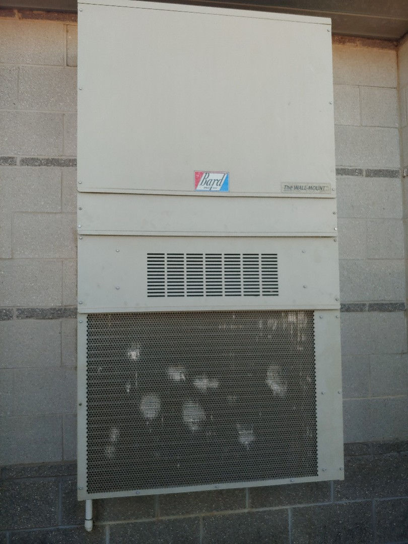Pearland, TX - Maintenance inspection on a  Bard wall mount a/c unit
