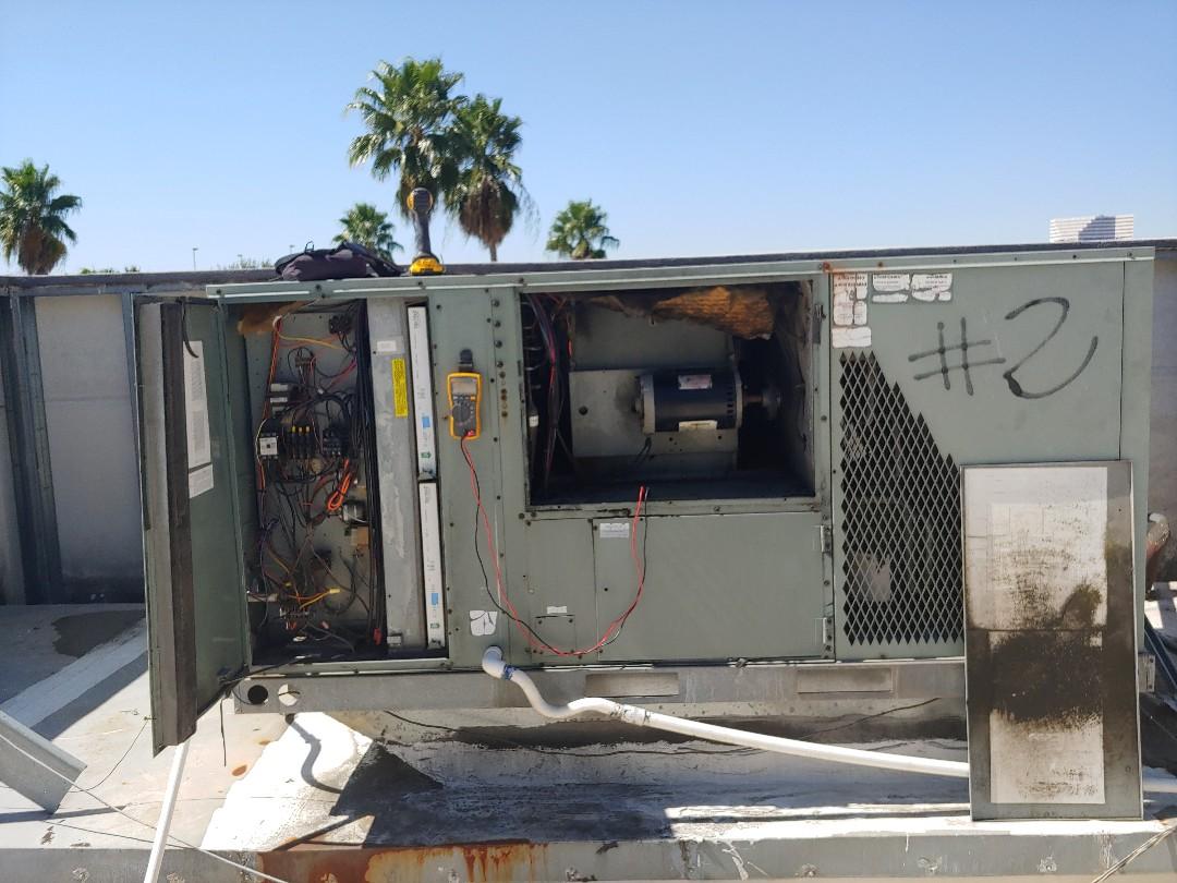 Houston, TX - Ruud A/C package unit repair