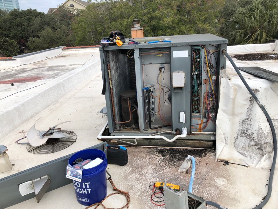 Performing safety maintenance with repair on Amana roof top system