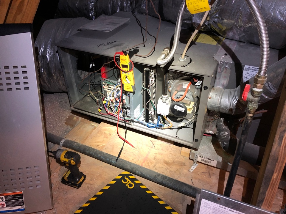 Houston, TX - Performed safety and heating maintenance on Lennox system