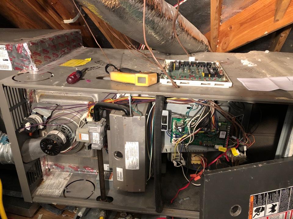 Houston, TX - Performed heater repair