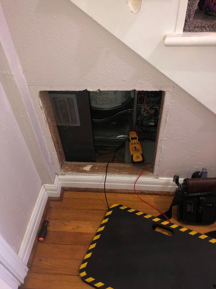 Houston, TX - Performed electric heat repair on Lennox system. Even those hard to reach places we will make it happen