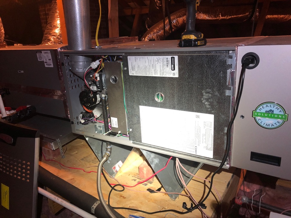 Houston, TX - Performed safety heating check up on Lennox system