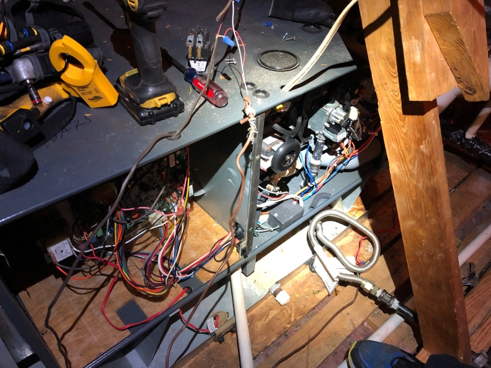 Sugar Land, TX - Performed hvac maintenance on two Amana systems