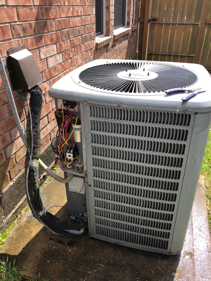 Katy, TX - Performed hvac repair for outdoor system fan motor on Amana system