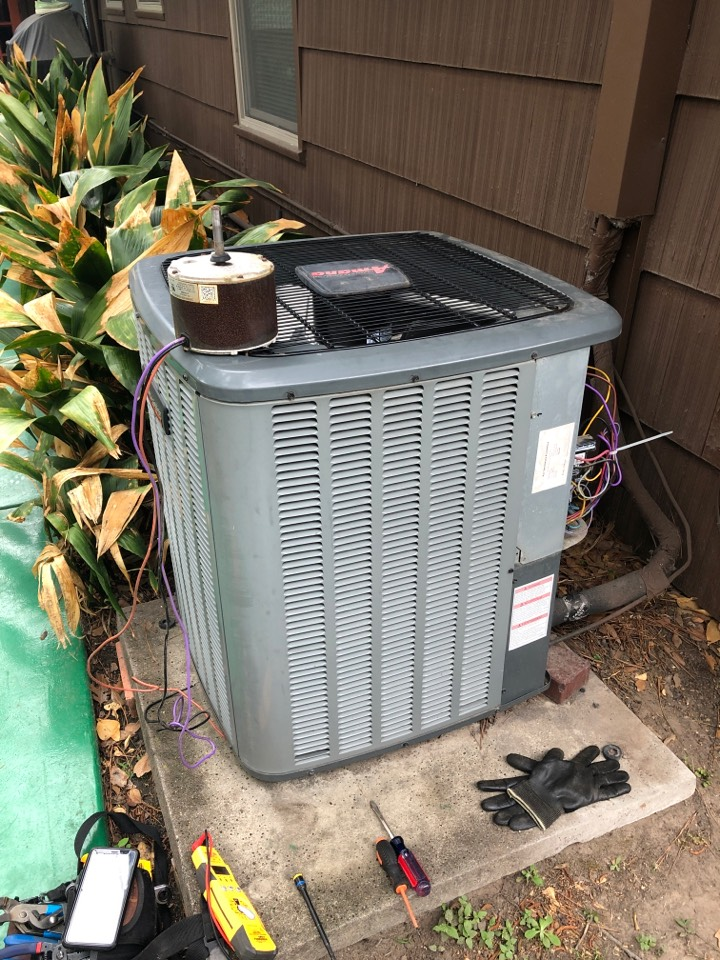 Houston, TX - Performed air conditioner repair for Amana system fan motor