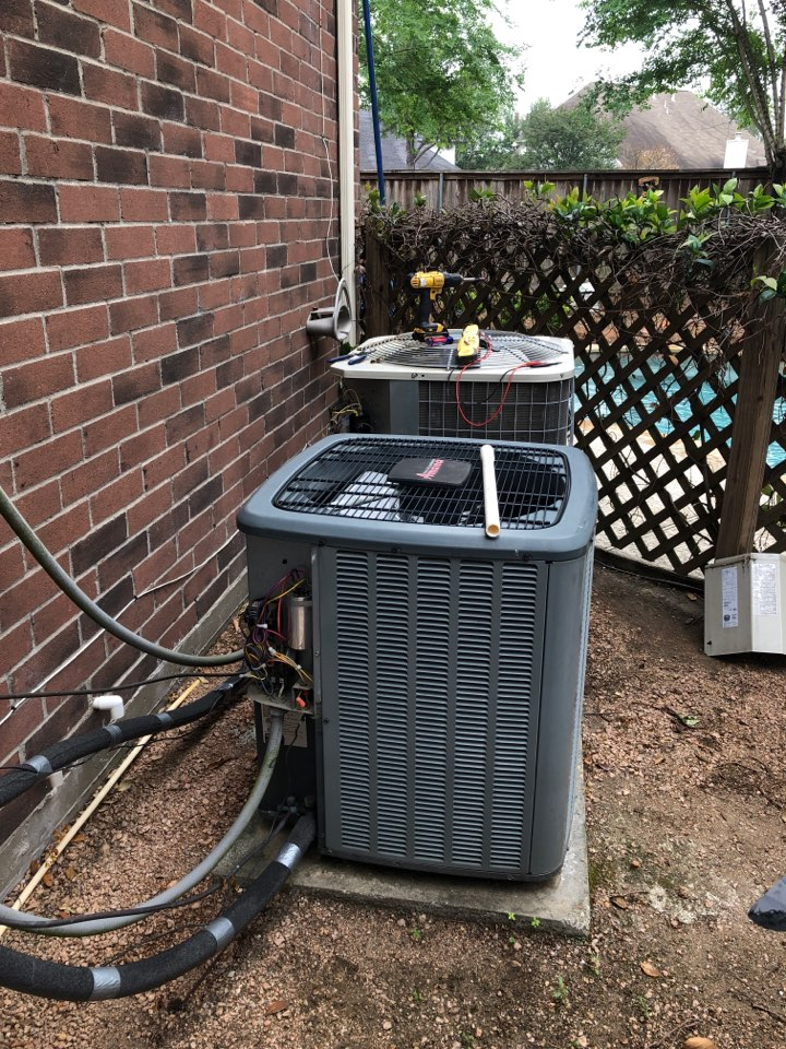Houston, TX - Performed hvac maintenance for cooling on home with 2 systems one Carrier the other Amana