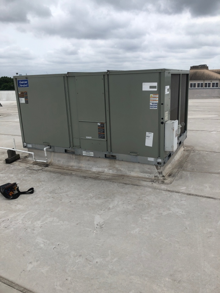 Bellaire, TX - Performed system inspection for  American Standard roof top system