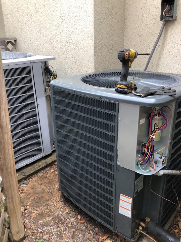 Houston, TX - Performed hvac maintenance for cooling on Goodman system