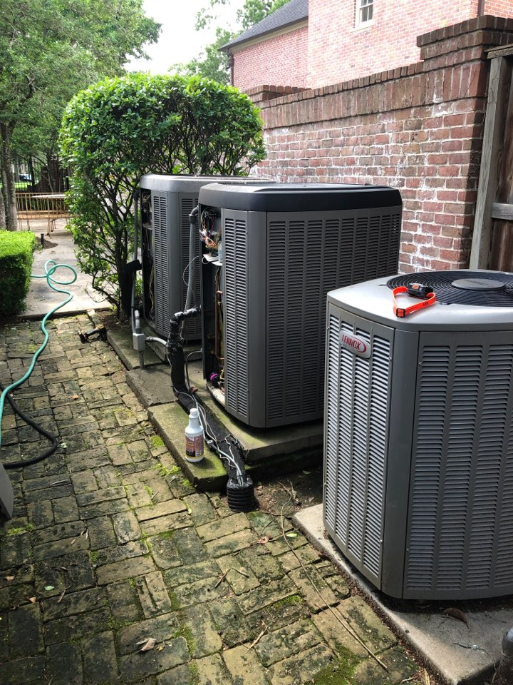 Houston, TX - Performed hvac maintenance for cooling on 3 Lennox systems