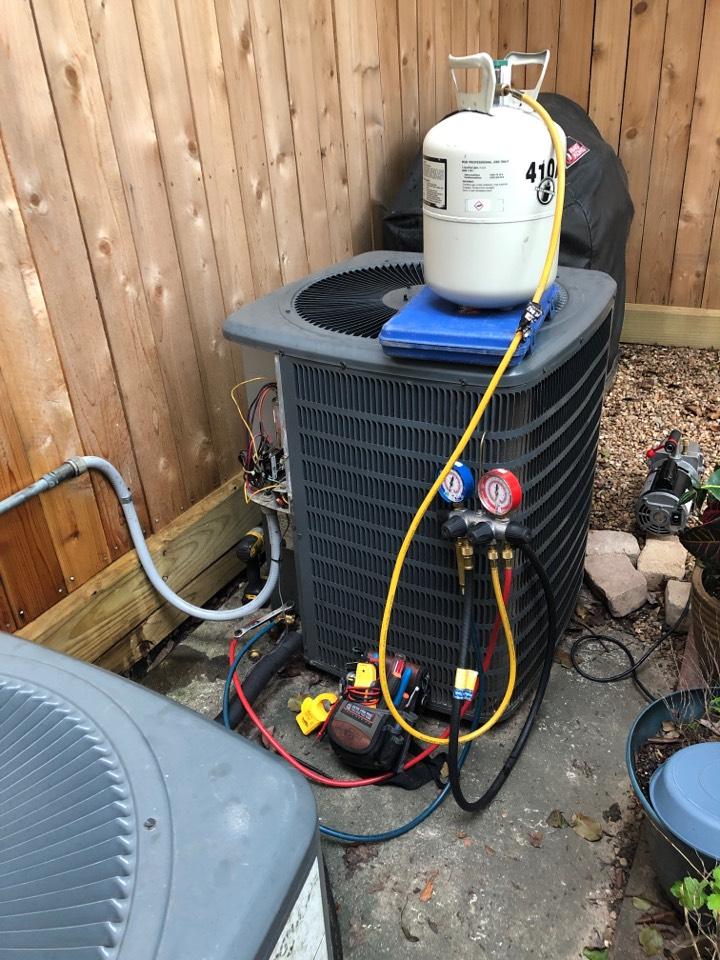 Houston, TX - Performed leak repair for outdoor Goodman system