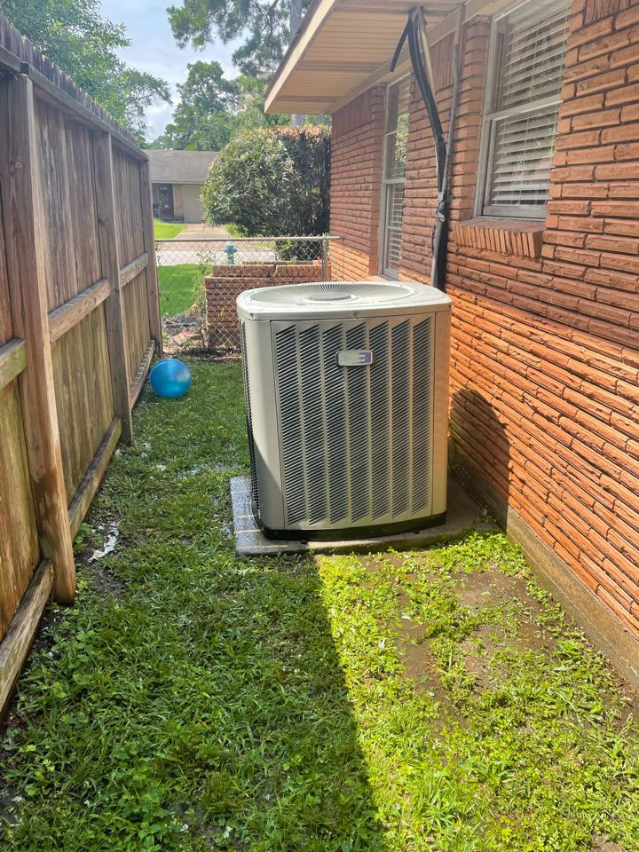 Houston, TX - Check -up on American Standard System