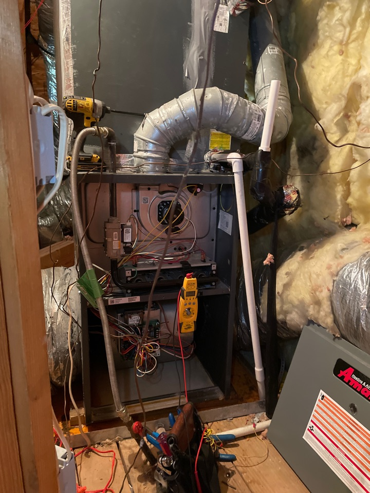Houston, TX - Performed residential hvac maintenance on to Amana systems. Also checking drain lines