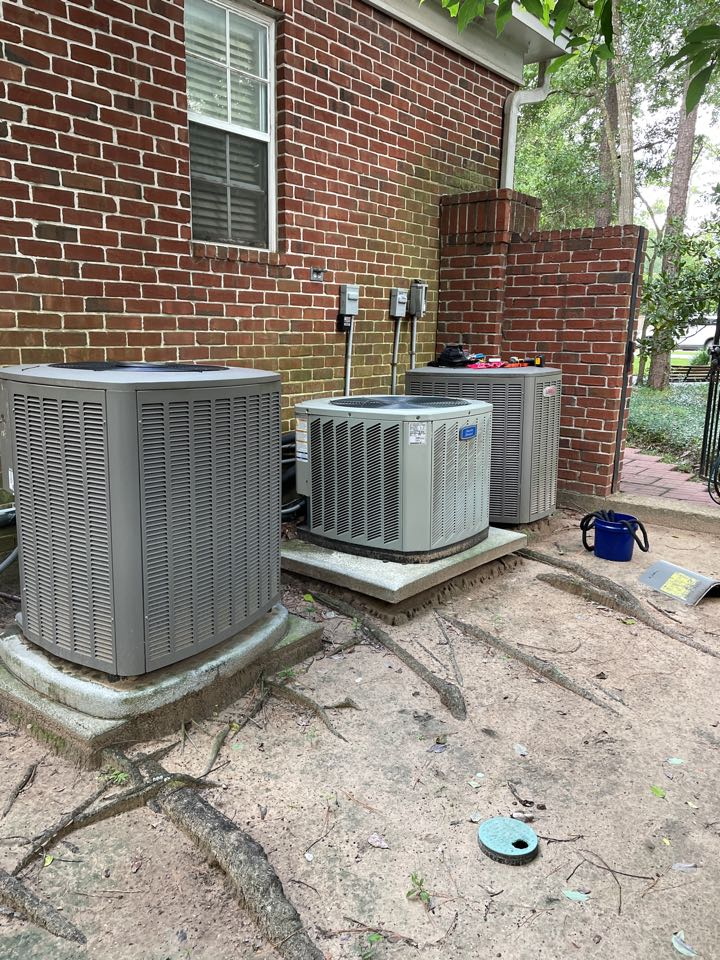 Houston, TX - Performed hvac repair on Lennox outdoor system