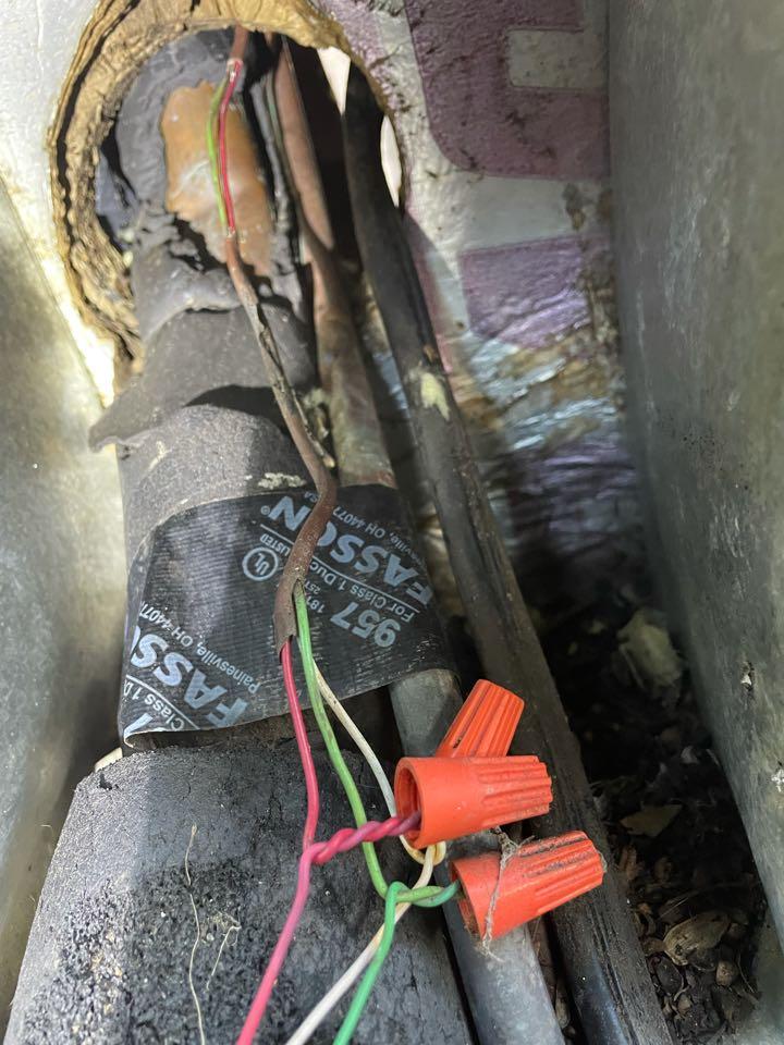 Houston, TX - Repair low voltage wiring on a Goodman system