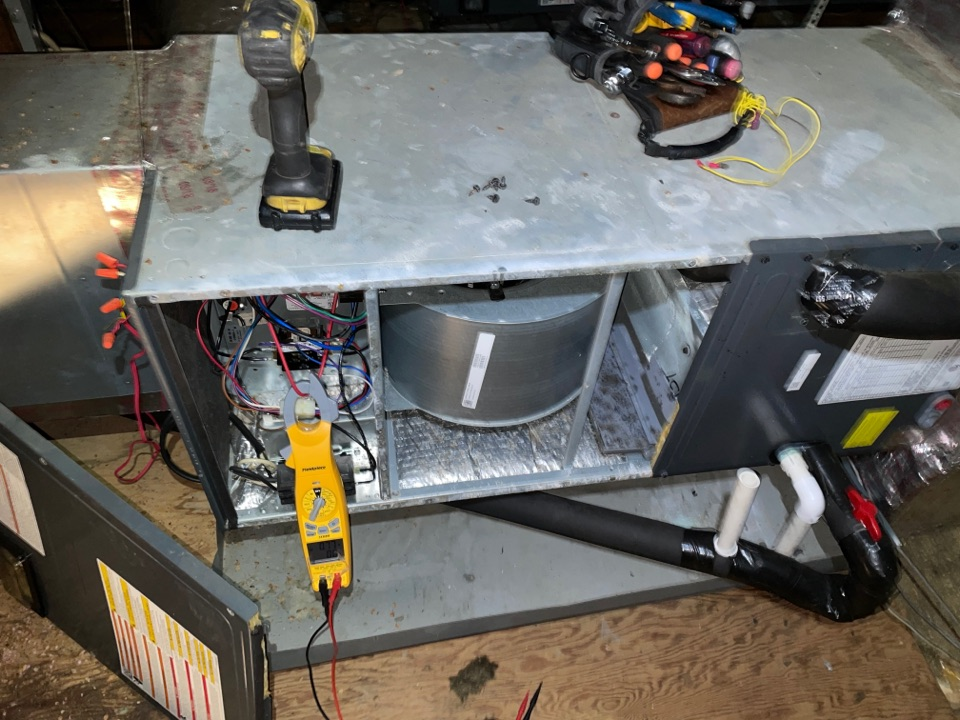Houston, TX - Performed air conditioning inspection for error code. Found the problem and made repair on Goodman system