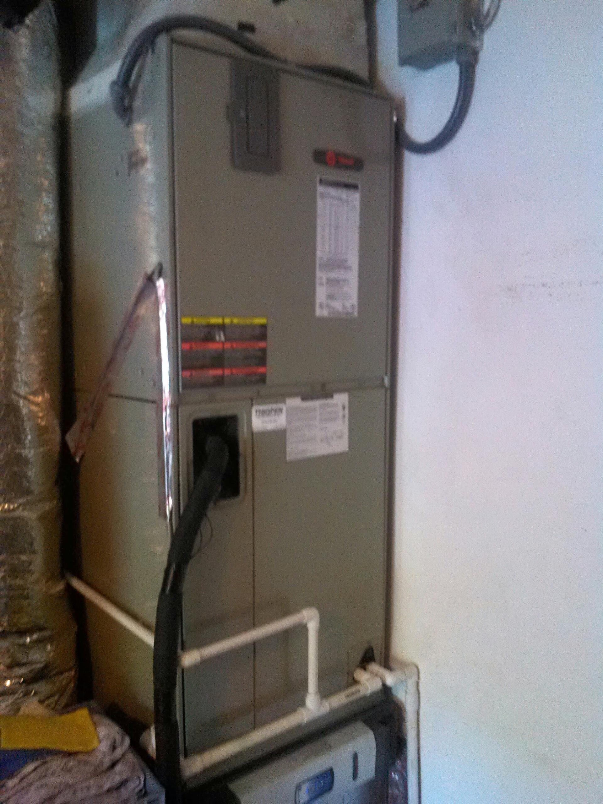 Orange Park, FL - Repair and maintenance on Trane heat pump system