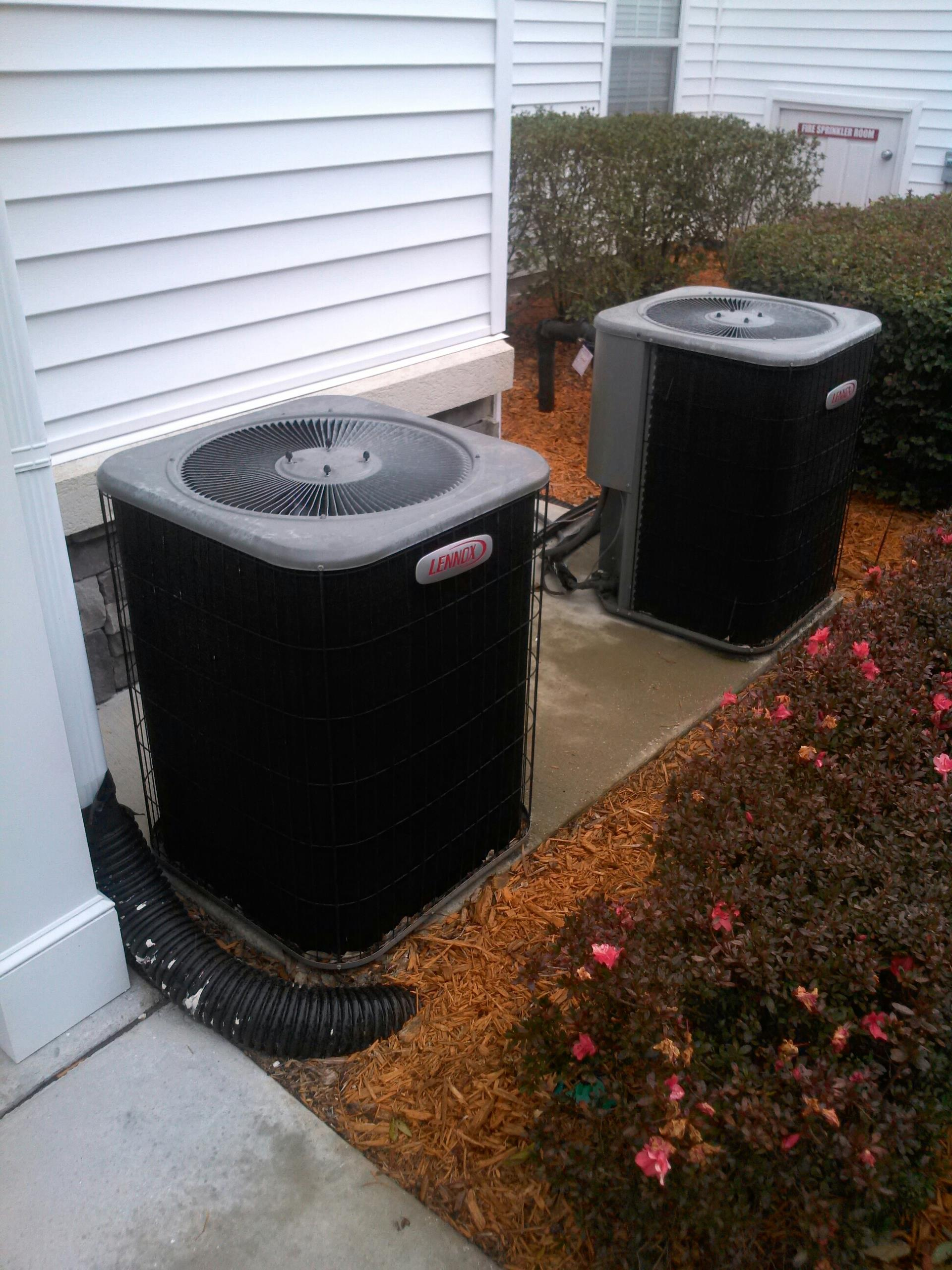 Orange Park, FL - Part replacement and repair on Lennox heat pump system