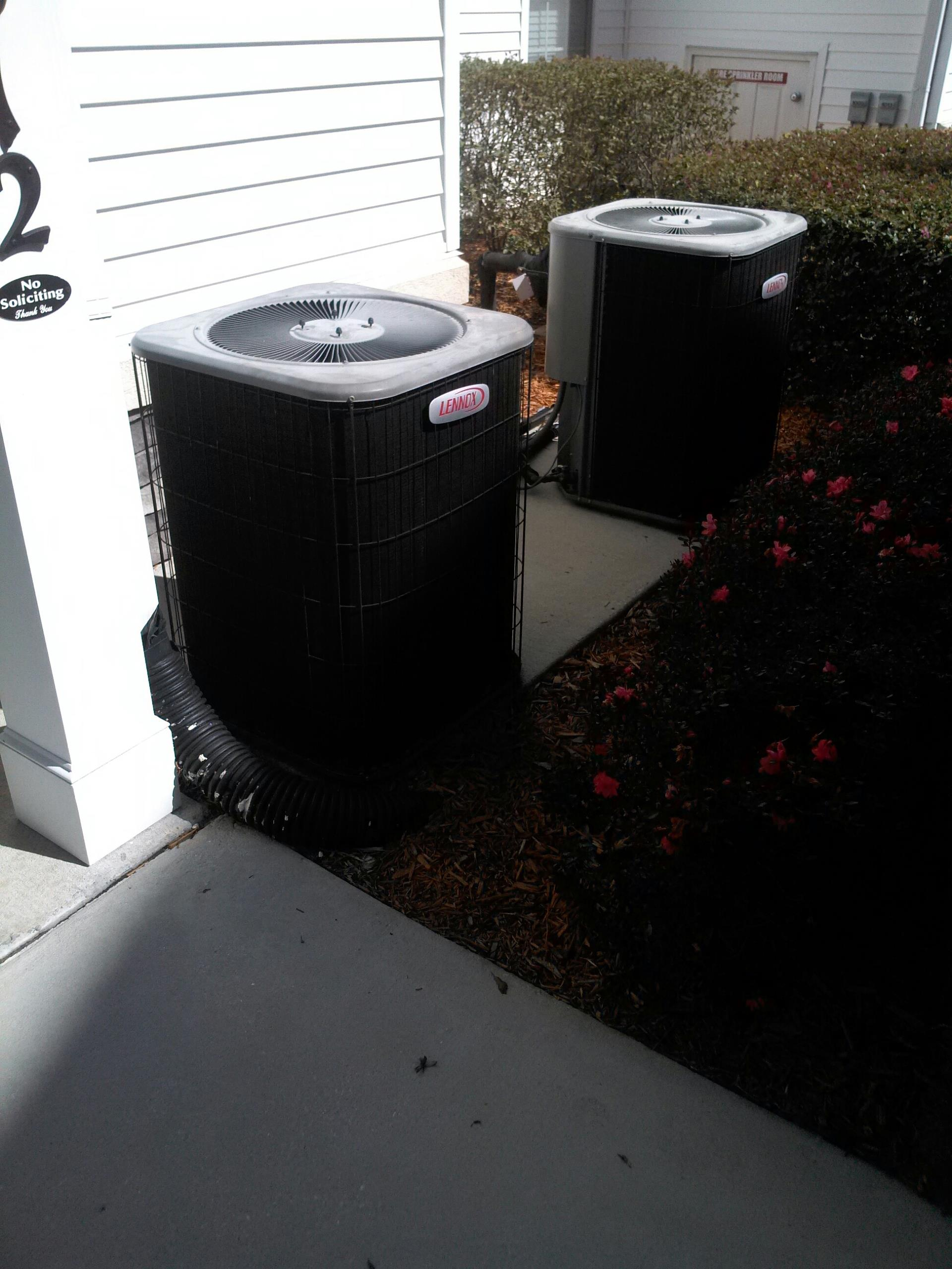 Orange Park, FL - Part replacement and repair on Lennox heat pump