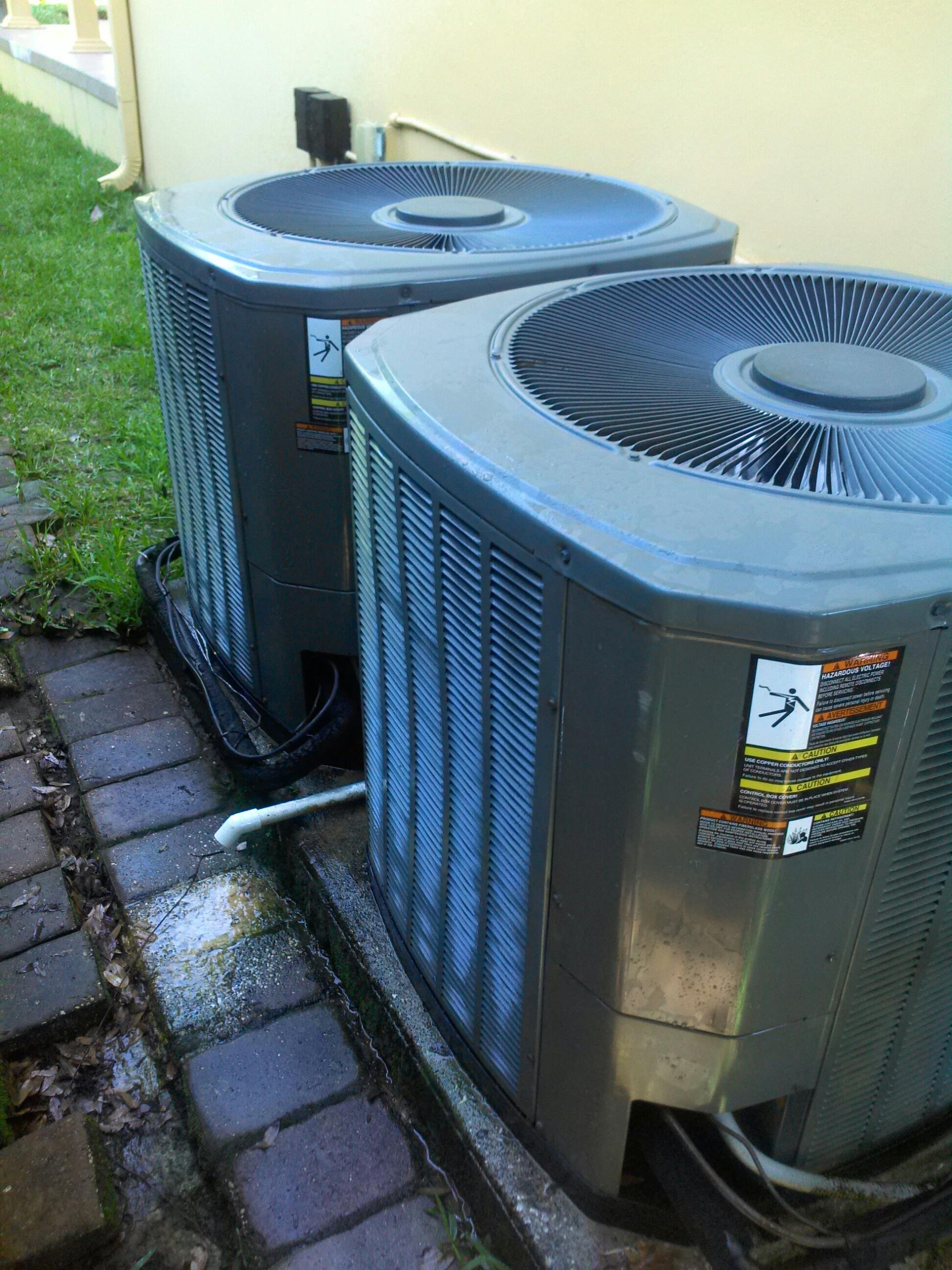 Ponte Vedra Beach, FL - Performed maintenance on two Trane heat pump systems