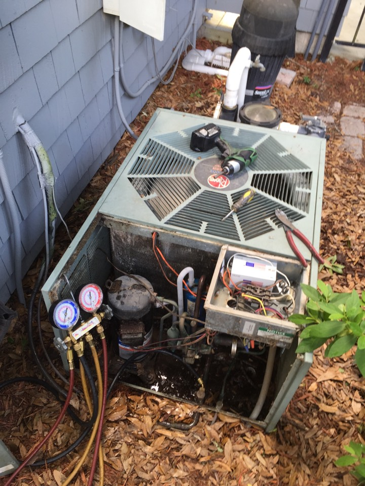 Atlantic Beach, FL - ac service call preformed repair on a 16 yr old Rheem air conditioner