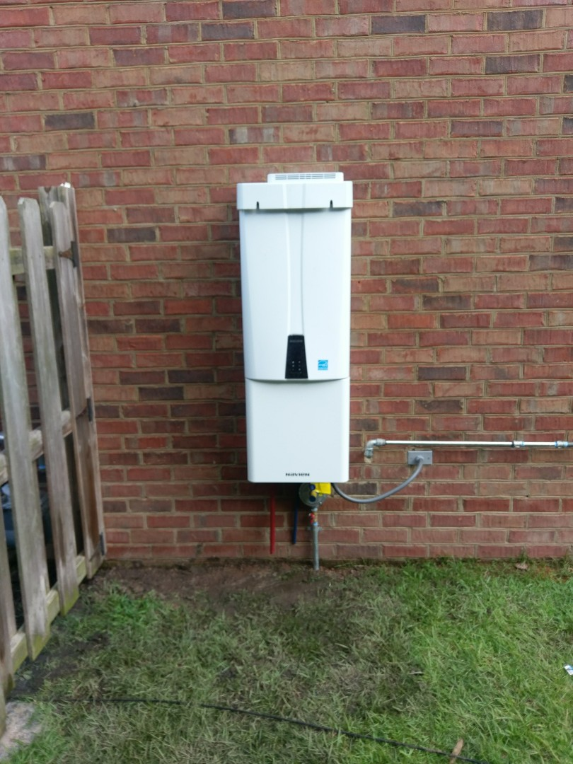North Charleston, SC - Installed new navien 240A thankless water heater
